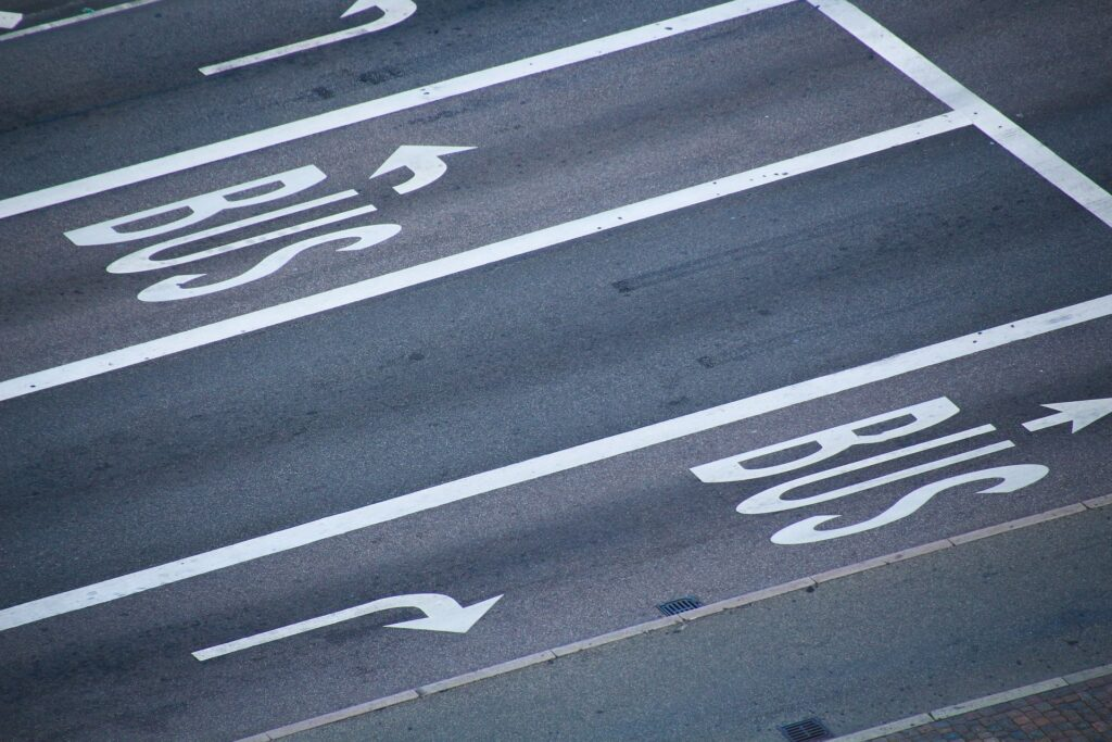 road with bus markings