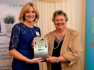 Liz Anderson winning sales candidate award